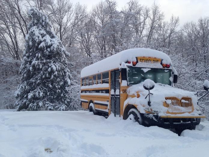 bus-1806454_1920